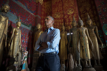 President Obama toured Wat Xieng Thong, a Buddhist monastery in Laos, on Wednesday.