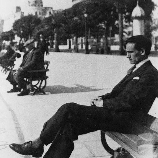 File:Cesar-vallejo-niza-1929.jpg