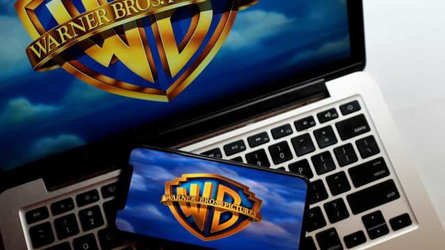 Warner vai ignorar cinemas e lançar todos os filmes direto no streaming