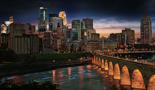 Downtown Minneapolis and the Stone Arch Bridge