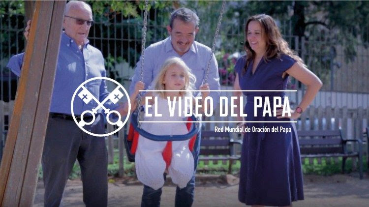 Official Image - The Pope Video 8 2018 - The Treasure of Families - 2 Spanish.jpg