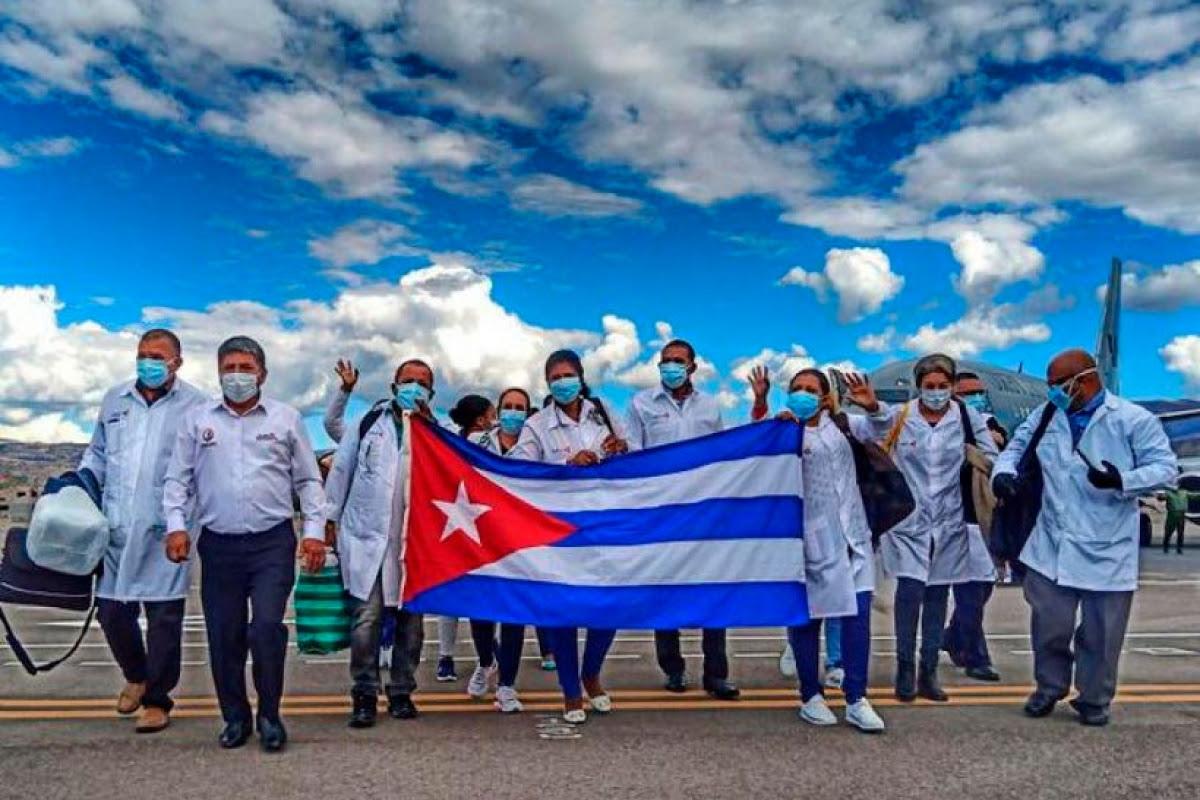 """PIT-CNT adhiere a iniciativa por Premio Nobel de la Paz a Brigadas Médicas Cubanas """"Henry Reeve"""""""