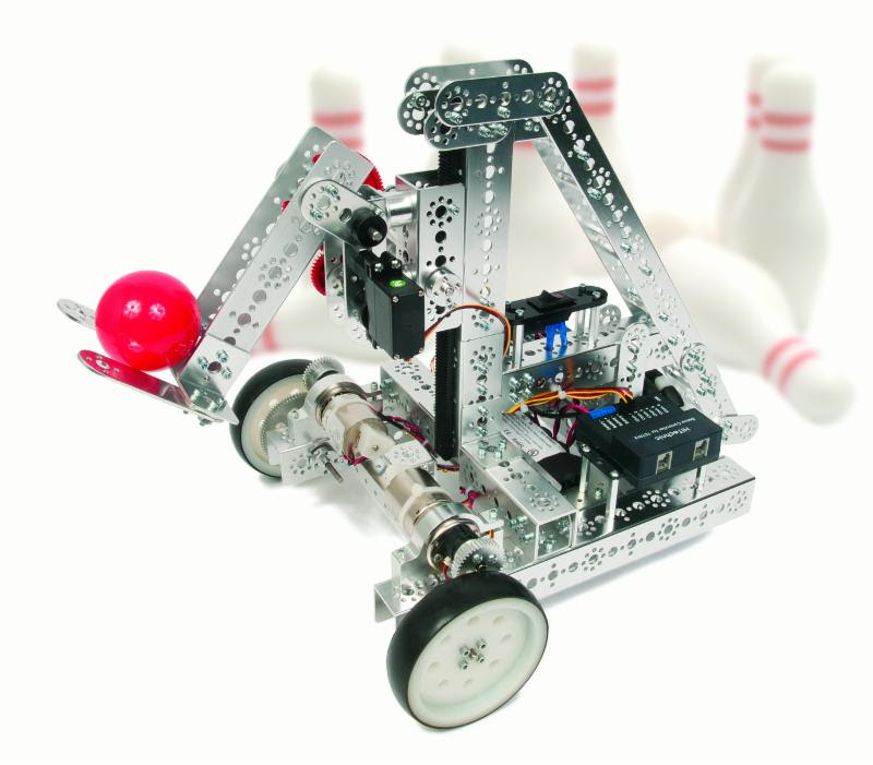 WRO robot knocking down bowling pins