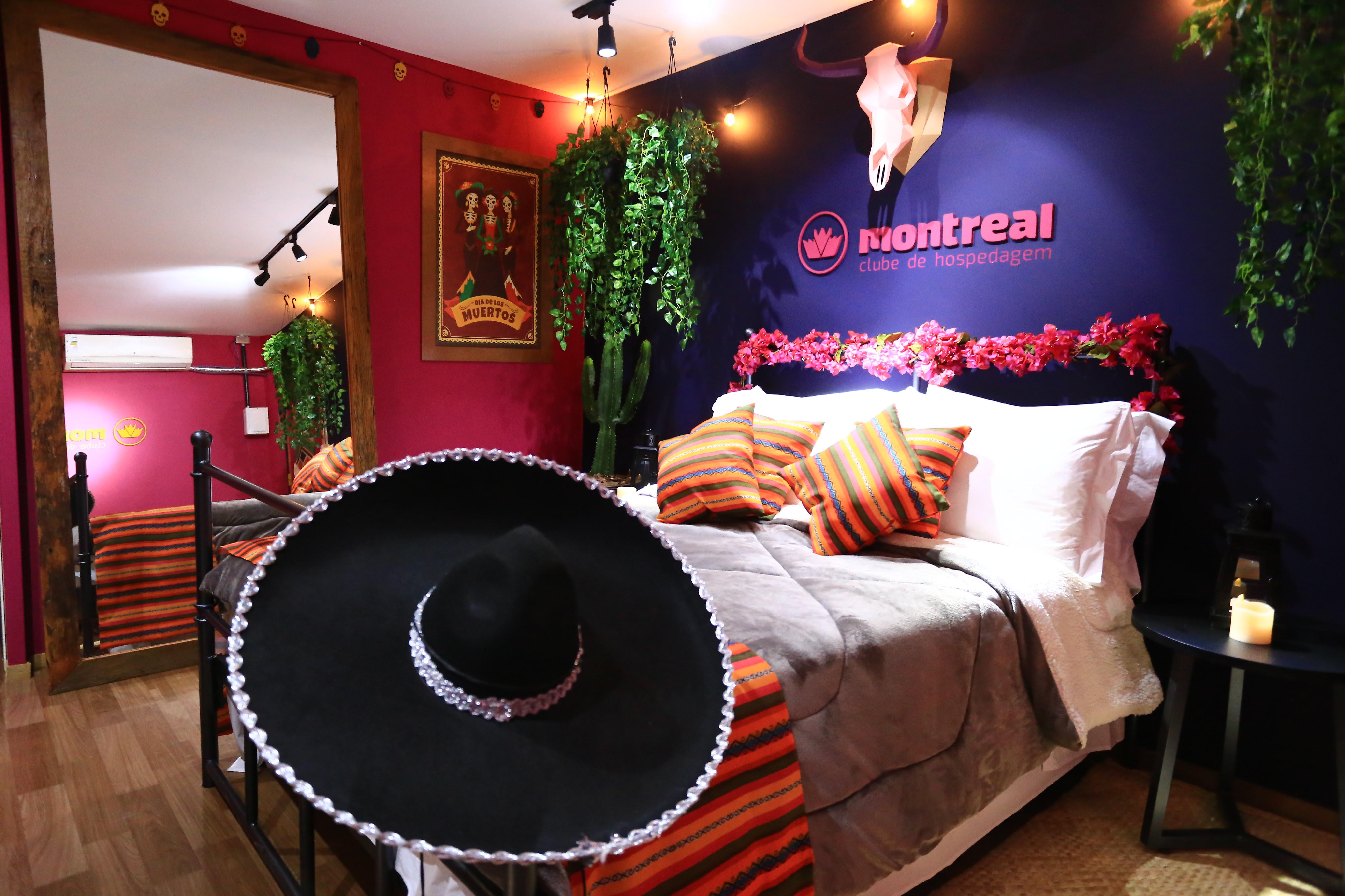 Clube Montreal traz Hotel em frente ao palco principal do Na Praia