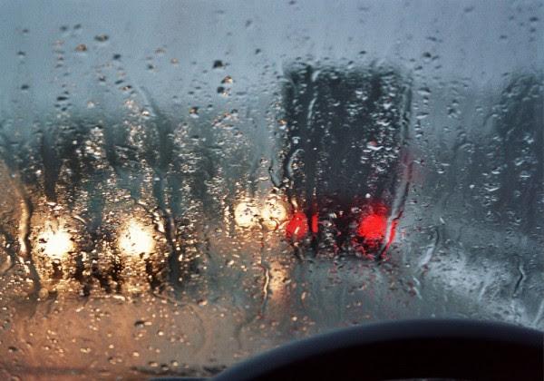 Βροχές και τοπικές καταιγίδες σήμερα- Σε πτώση η θερμοκρασία