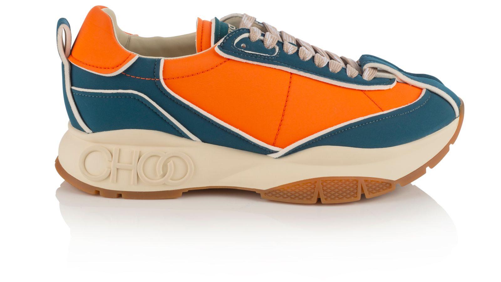 63fb6470 c3fd 466c ba3c 4b2e27ac018e - Kaia Gerber tiene la selección de prendas y calzado perfectos para hacer deporte en casa