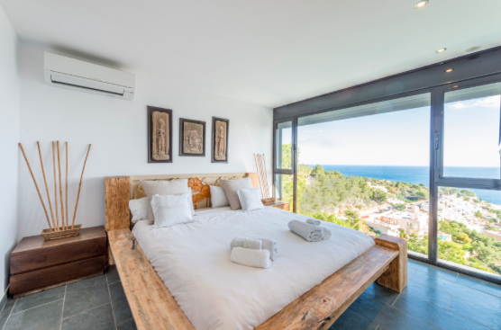 Last Minute Villa in Roca Llisa Ibiza Illes Balears Spain
