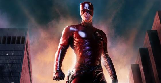 Matt Murdock (Ben Affleck) sofre um acidente que faz com que fique cego e tenha seus sentidos ampliados