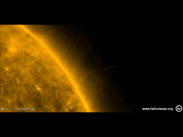 NEW: Large Spheres feeding off our SUN?  Sddefault