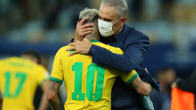 Tite elogia atuação de Neymar como líder da seleção brasileira: 'Bem marcado'