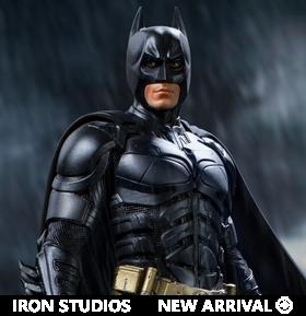 The Dark Knight Batman 1/10 Deluxe Art Scale Limited Edition Statue