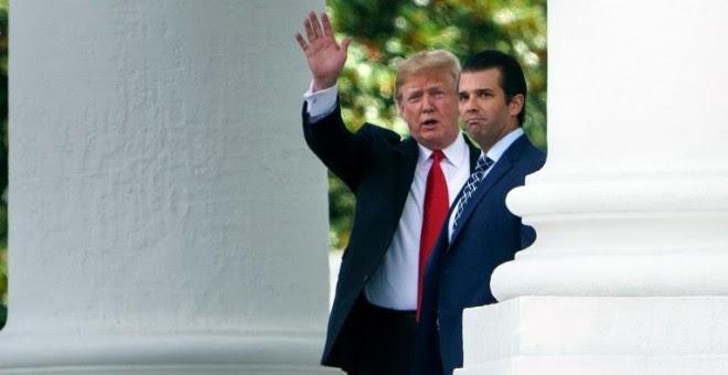 Fotografía de archivo del presidente de EEUU, Donald Trump, y su hijo, Donald Trump Jr.- AFP