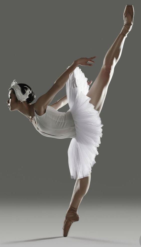 17 фото, которые доказывают что балет – это не для слабаков