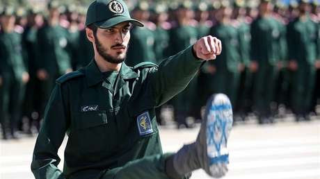 """Excomandante de la Guardia Revolucionaria iraní: """"Si EE.UU. toma alguna medida después de nuestra respuesta militar, arrasaremos Tel Aviv y Haifa"""""""