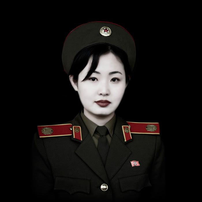 http://chicquero.files.wordpress.com/2012/03/international-womens-day-chicquero-north-korea.jpg?w=800