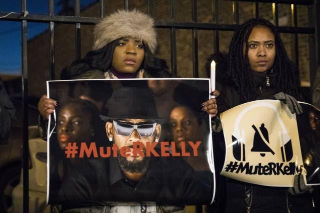 Marco racial para o MeToo: ativistas negras acabam com décadas de impunidade de R. Kelly