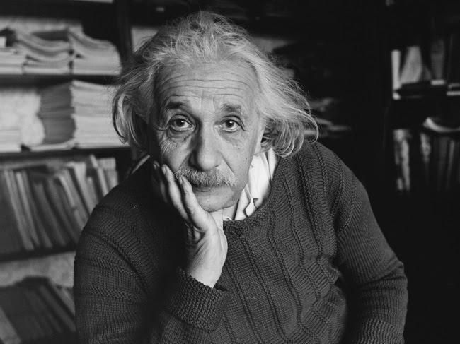 Albert Einstein và 5 trích dẫn để đời về cuộc sống và sự nghiệp - Ảnh 1.