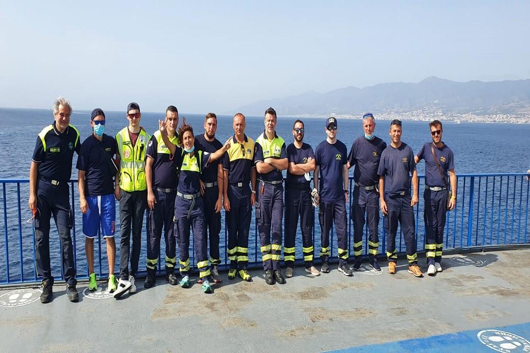Sicilia Lombardia volontari antincendio