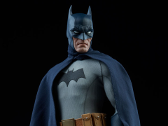 DC COMICS BATMAN 1/6 SCALE FIGURE