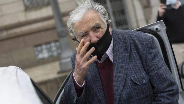 'Derrubado por pandemia', José Mujica, ex-presidente do Uruguai, deixa Senado