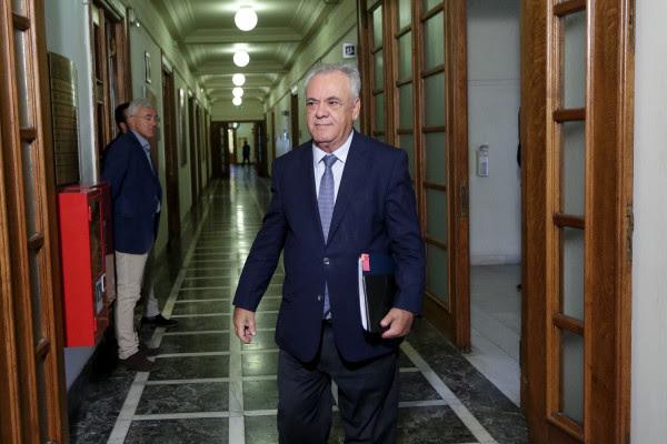 Δραγασάκης: Ο ΣΥΡΙΖΑ παρέλαβε τη χώρα στο χείλος του γκρεμού