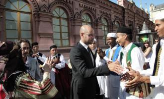 Εσπευσμένα στη Μόσχα ο γιος του Καντάφι - Οργή Άγκυρας για Σάρατζ