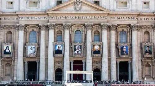 Todo está listo para las canonizaciones de Mons. Romero, Pablo VI y otros 5 beatos