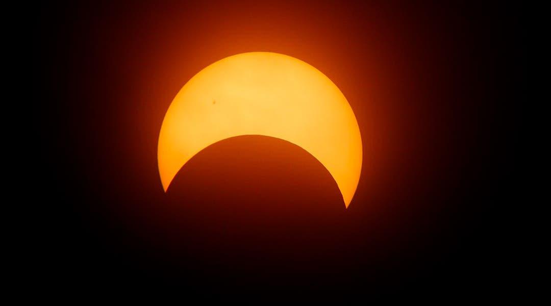 las recomendaciones de AstroDom para ver el eclipse de Sol del 21 de agosto