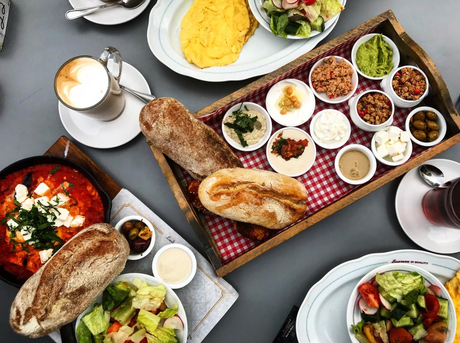 shutterstock_breakfast.jpg