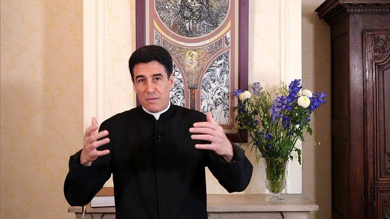 18 - Qui est le Père Michel-Marie Zanotti-Sorkine!!!! - Page 2 Maxresdefault