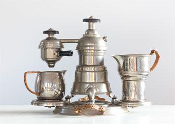 Dalla cuccumella alla moka: in mostra la storia della caffettiera  italiana