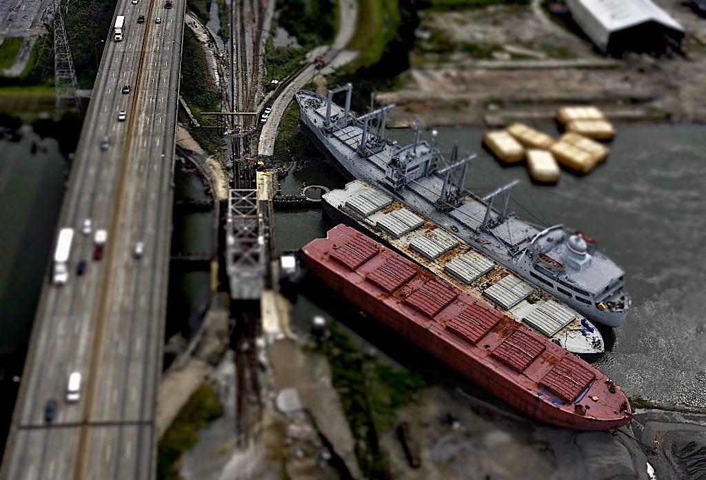 hurricane-ships=aground-bridge