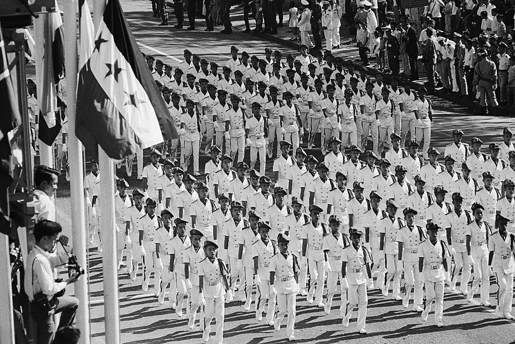 SAIGON 1967 - Duyệt binh lễ Quốc Khánh 1-11-1967 - Trường … | Flickr