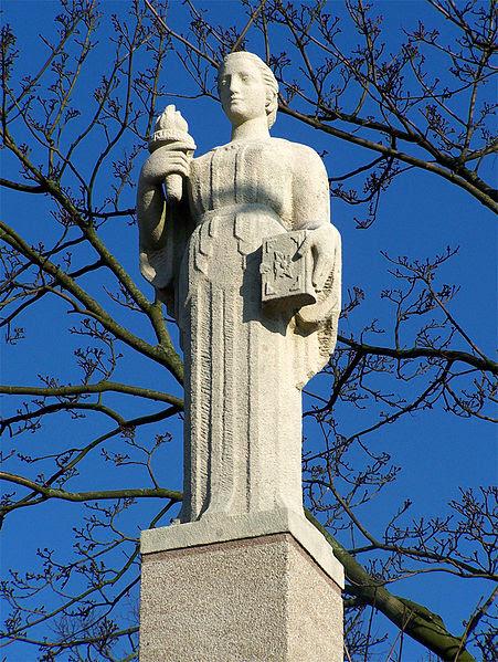 Symbol of Wisdom by Pieter d'Hont