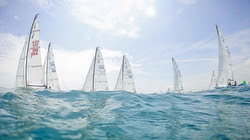 J/70s sailing on Lake Michigan at Helly Hansen Chicago NOOD Regatta