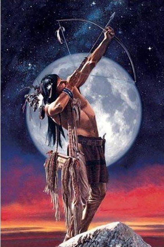 Um dos sete protetores da Floresta Amazonica. Perito em qualquer tipo de arma indigena, mas a que ele mais usa, é o Arco e Flecha. Ele e referido como à NDIO BRANCO e é o sétimo protetor
