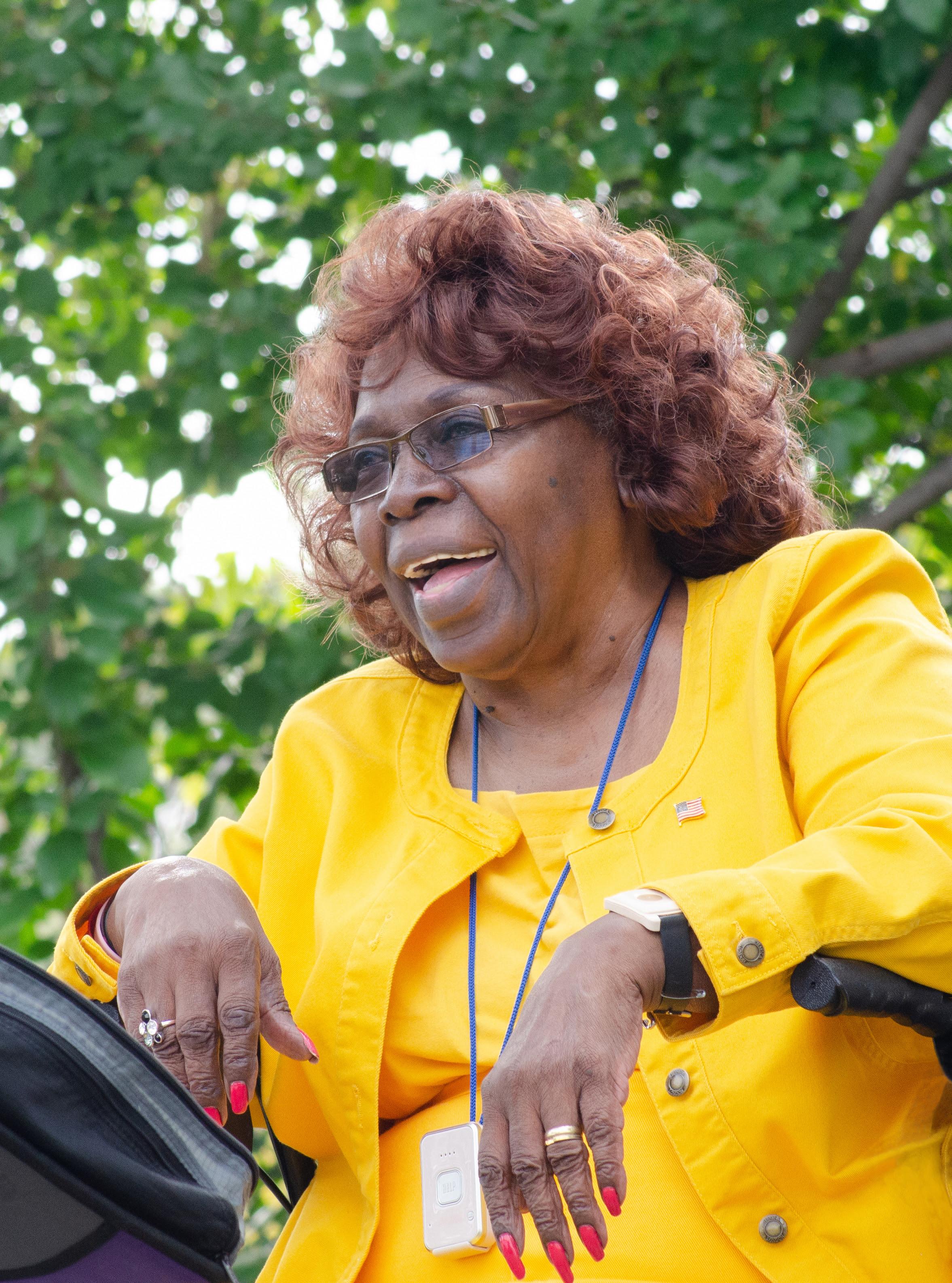 Toni Lynn Washington