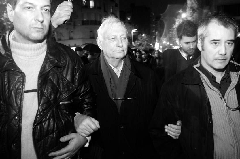 Louis Joinet (centro), en la última Marcha del Silencio, en Montevideo. / Foto: Sandro Pereyra
