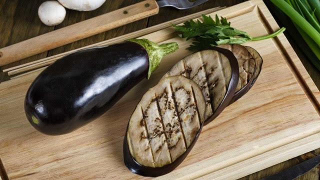 Três benefícios impressionantes da beringela