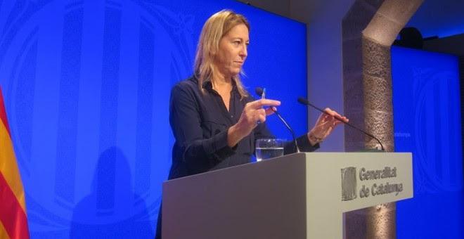La vicepresidenta del Govern, Neus Munté durante la rueda de prensa de hoy martes. EUROPA PRESS