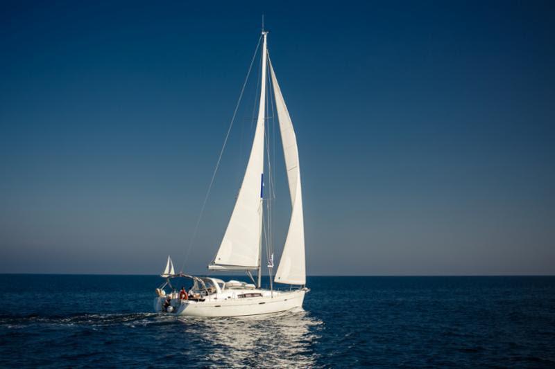 sailing_yacht.jpg
