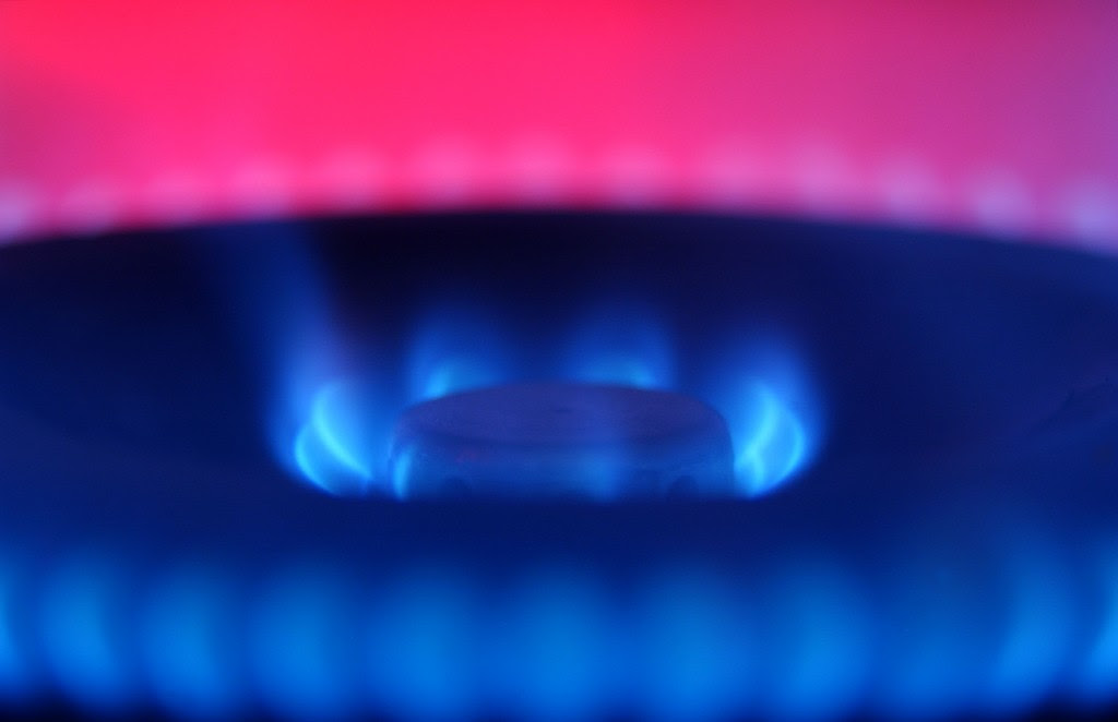 Greenspan Warns Of Danger Of High Natural Gas Prices