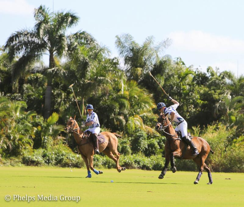 Jeff Blake (right) playing for Team Halcyon at Palm City Polo Club