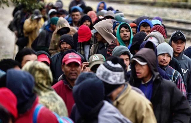 Flüchtlingskrise in Europa. (Symbolbild) Foto: ALFREDO ESTRELLA/AFP/Getty Images