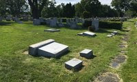 Small blog grave
