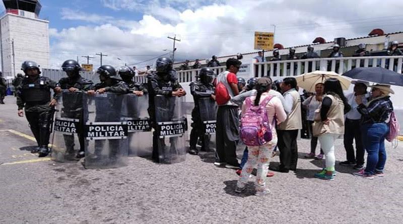 Policías y militares de Honduras