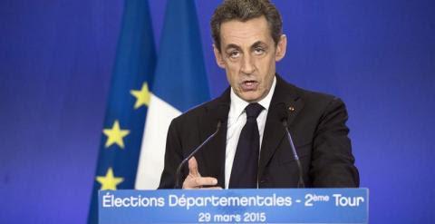 Nicolas Sarkozy ofrece una rueda de prensa tras la votación. - EFE
