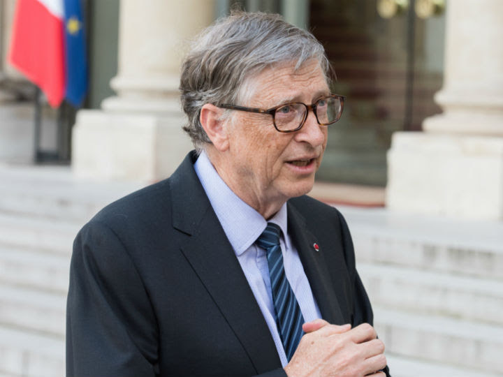 """Bill Gates thinks lessons from the AIDS fight can help defeat COVID-19, in particular teaching us about building """"large, fair, global distribution systems"""". But he says AIDS treatment programmes can actually benefit too."""