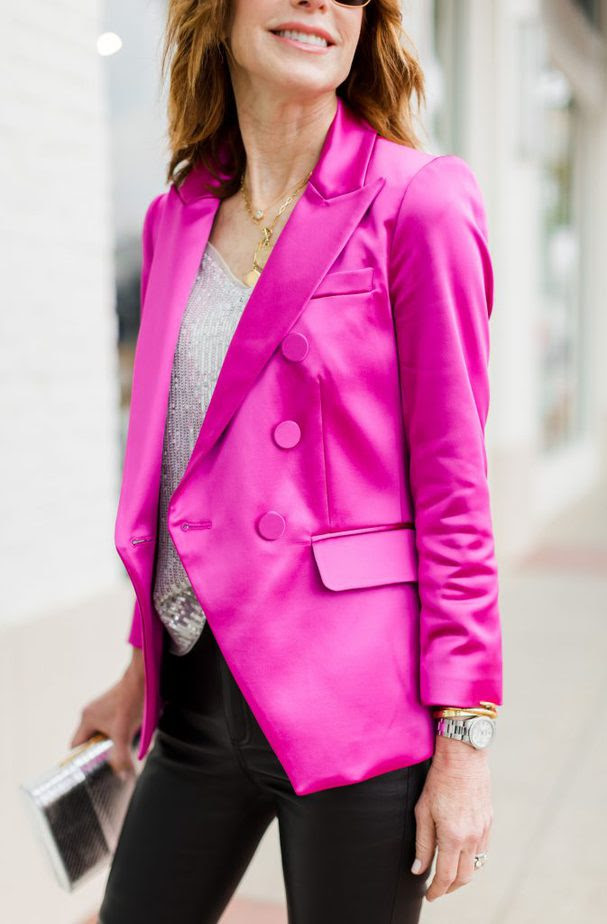 dallas blogger wearing a Pink blazer paired with sequin tank