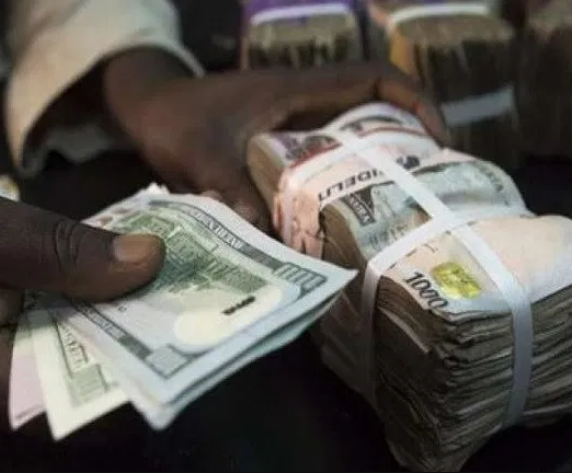 Naira crashes to 4-year low, the weakest since 2017